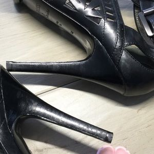 Guess by Marciano Shoes - GUESS by Marciano Leather Platform Sandal 6 (EUC)
